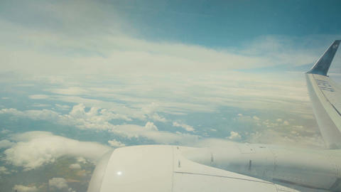 Window view from an airline jet during flight Archivo