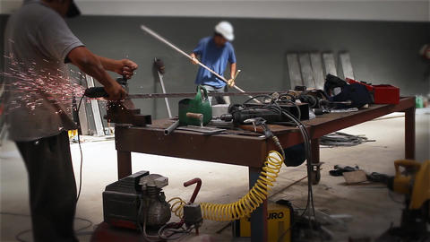 Construction Workers 画像
