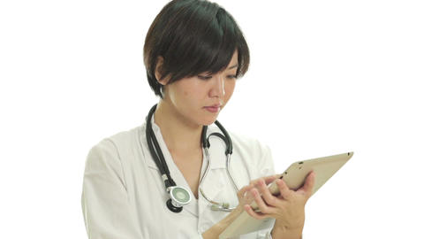 Asian doctor with tablet pc thumbs up and happy Live影片
