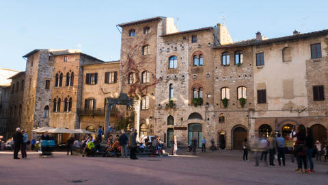 Timelapse of San Gimignano square Footage