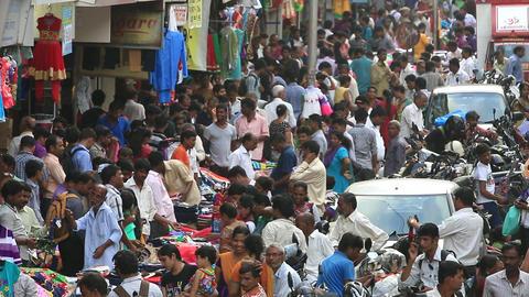 Crowded road Mumbai, India Footage