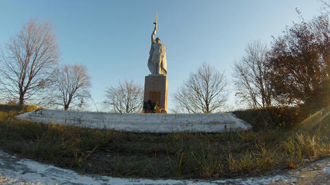 Soviet monument to the liberator in the Second World War in the outback of Ukrai Filmmaterial