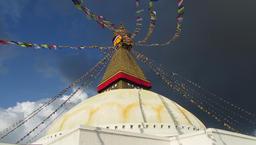 Prayer flags at Boudhanath Buddhist stupa, Nepal Filmmaterial
