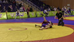 Girls compete in freestyle wrestling Live Action