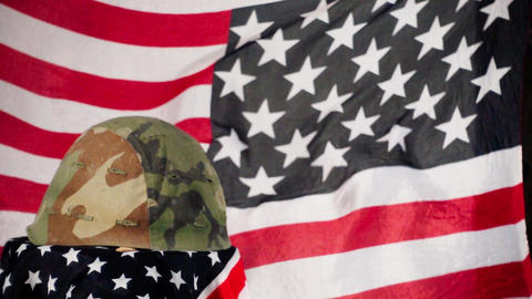 Army Helmet And American Flag Archivo
