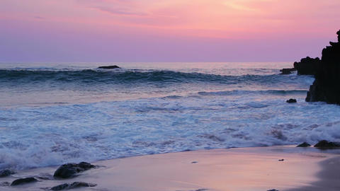 Surf on the Beach after Sunset Filmmaterial