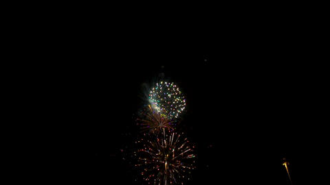 Fireworks exploding in the night sky at Israel 2017 independence day celebration ビデオ