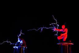 Lords of Lightning high voltage electricity show Fotografía