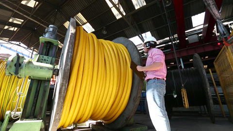 Inspecting cable roll Live Action