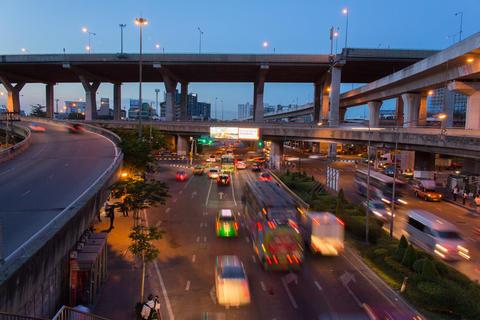Bangkok twilight scene フォト