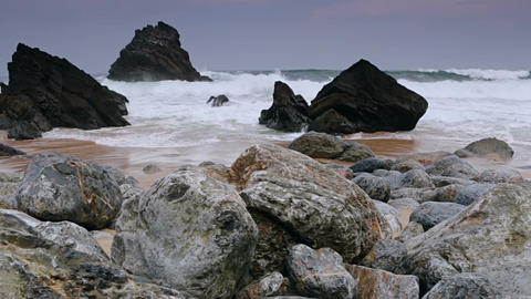 Ocean Surf on the Black Rocks 画像
