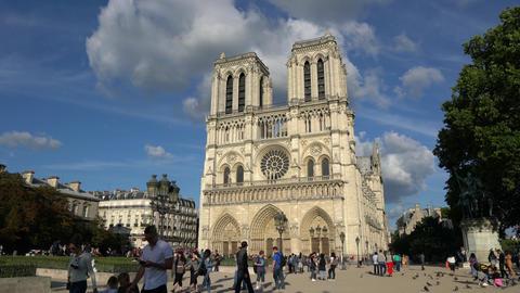 Norte Dame cathedral in Paris 画像