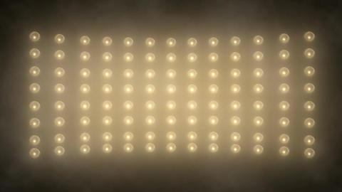 Spotlight and wall dance ビデオ