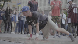 Breakdancers Second