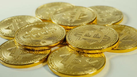 Crypto currency Gold Bitcoin - BTC - Bit Coin. Macro shots crypto currency ビデオ
