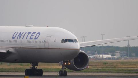 Boeing 777 taxiing before departure Footage
