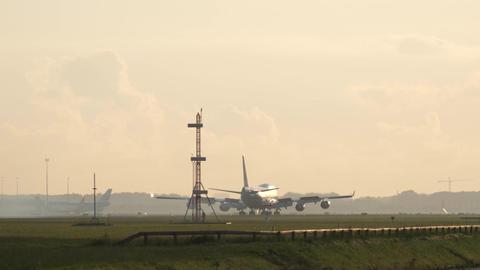 KLM Boeing 747 landing Footage