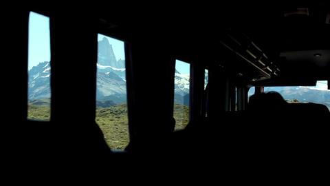 Omnibus Arriving In El Chalten Filmmaterial