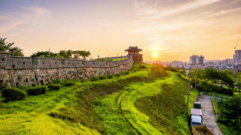 Timelapse of Hwaseong Fortress in Suwon, South Korea Filmmaterial