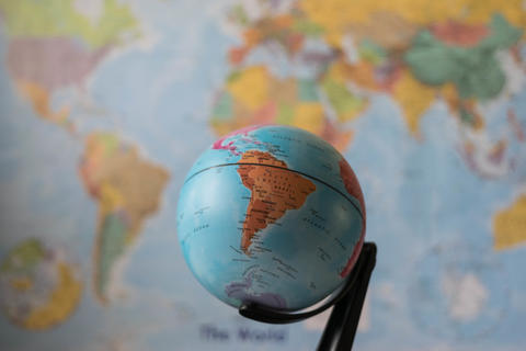 south America map on a globe Fotografía