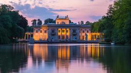 Warsaw Timelapse Lazienki Park Palace Warszawa Łazienki Pałac na Wodzie Archivo
