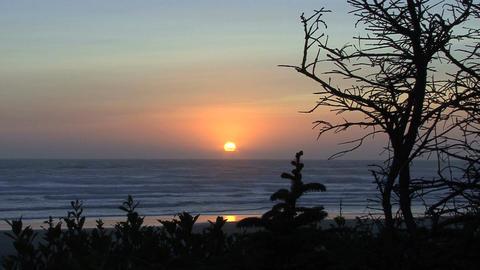 Sun setting over oregon coast Footage