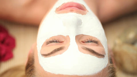 Facemask being applied Stock Video Footage