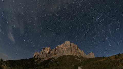 Mountain Big Thach under the starry sky GIF