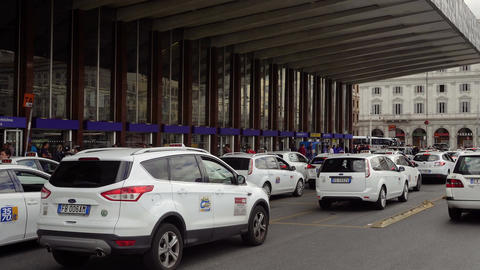 Rome, Italy taxi stand at Termini railway station Live Action