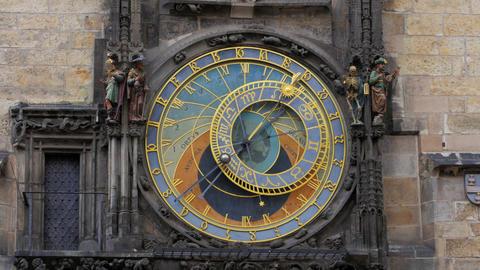 astronomical clock, prague, czech republic, timelapse, zoom out, 4k Footage