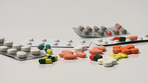 Medicine pills Live Action