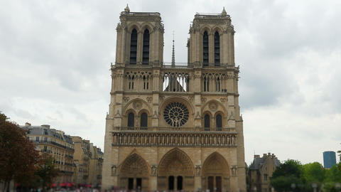 notre dame de paris cathedral, france, timelapse, zoom in, 4k Footage