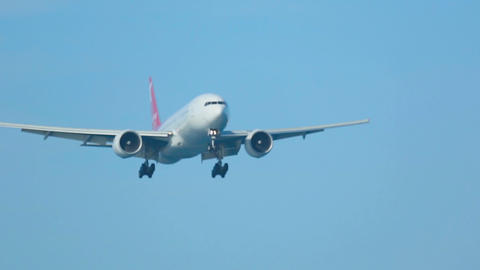 Boeing 777 approaching at Phuket airport Live Action