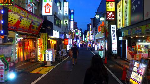 Kabukicho Sakura-dori street in Shinjuku Tokyo Japan ภาพวิดีโอ