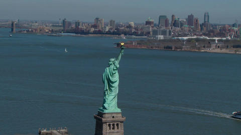 Statue of liberty with nyc skyline Live Action