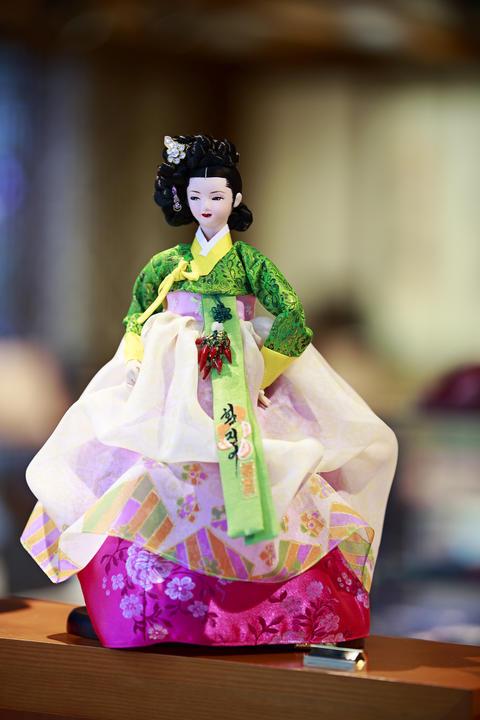 Korean doll Photo