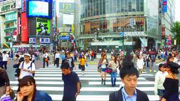 Tracking shot of scramble crossing in Shibuya Tokyo Japan ライブ動画