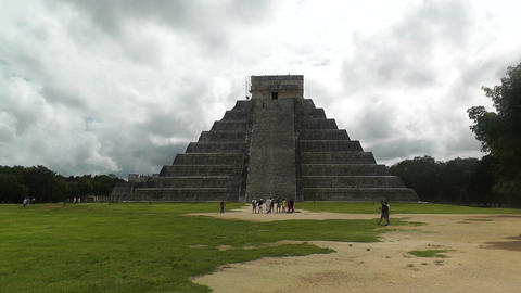 Chichen Itza Mexico Yucatan Kukulcan Pyramid handheld 02 Stock Video Footage