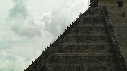 Chichen Itza Mexico Yucatan 10 Kukulcan Pyramid handheld Footage