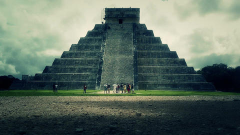 Chichen Itza Mexico Yucatan Kukulcan Pyramid handheld 32... Stock Video Footage