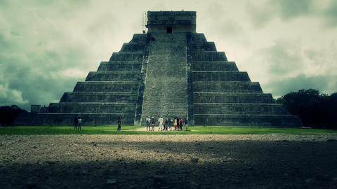 Chichen Itza Mexico Yucatan Kukulcan Pyramid handheld 32... Stock Video Footage