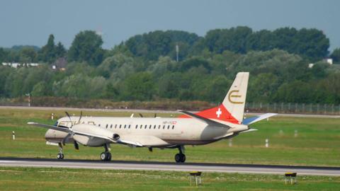 SAAB 2000 Etihad regional take-off Footage