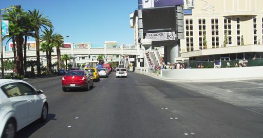 Driving on Las Vegas BLVD. in Slow Motion ビデオ