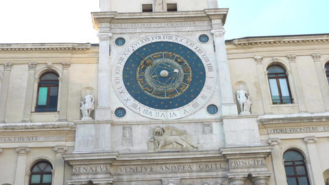 The Palazzo del Capitanio, in the Piazza dei Signori, and the Clock Tower, with Footage