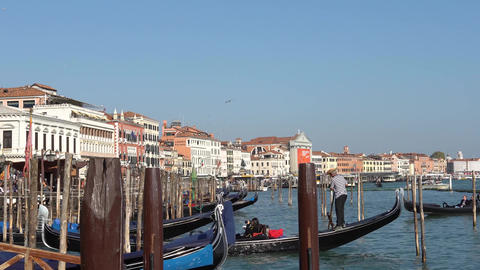 VENICE, ITALY - OCTOBER, 2017: Majestic grand canal in Venice, and water traffic Live Action