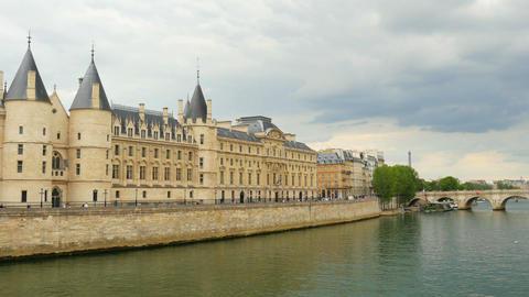 PARIS - FRANCE, AUGUST 2015: palace justice, seine river view Footage