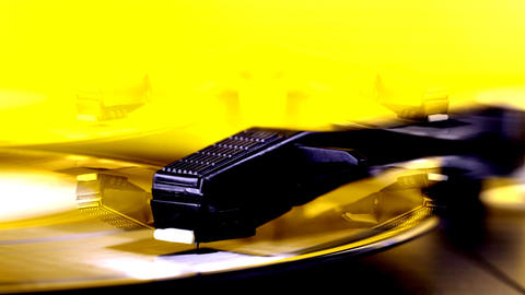 yellow vinyl03 Animation