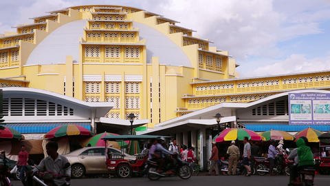 PHNOM PENH - JUNE 2012: cambodian people central market,... Stock Video Footage