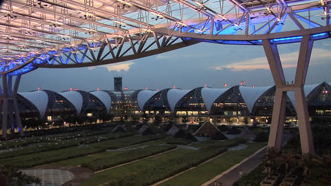 An Concourse at the New Suvarnabhumi International Airport Live Action