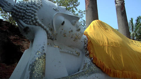 The laying Buddha in Wat Yai Chaya Mongkol, Ayuthaya Footage